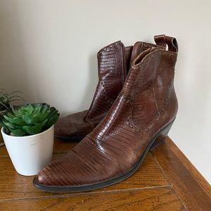 Vintage Gianni Bini Crocodile Ankle Boots